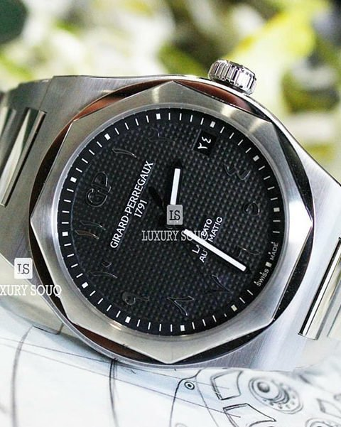 GIRARD PERREGAUX PRE-OWNED LAUREATO BLACK ARABIC DIAL LIMITED EDITION 42MM STAINLESS STEEL MEN'S WATCH